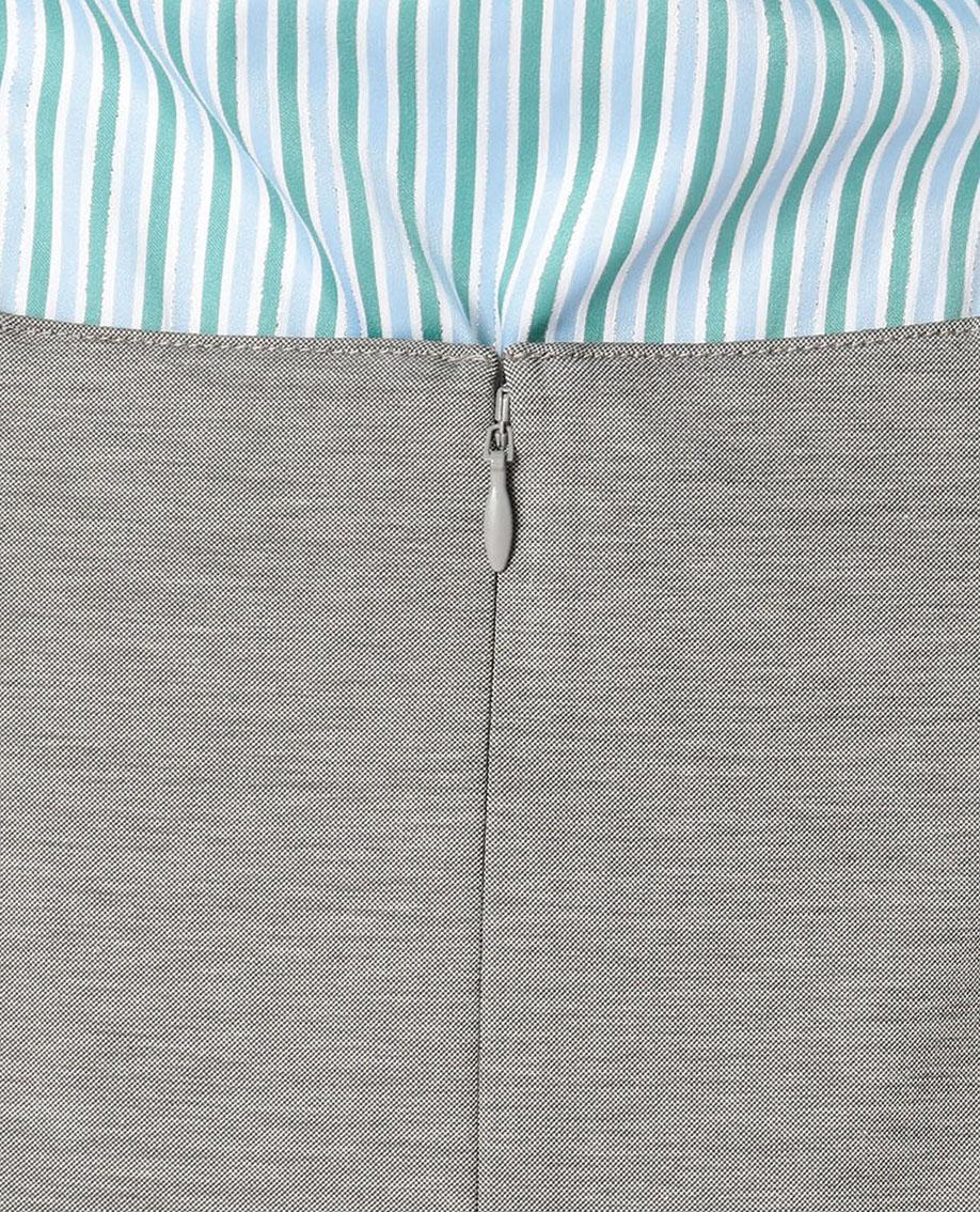 モクロディータイトスカート