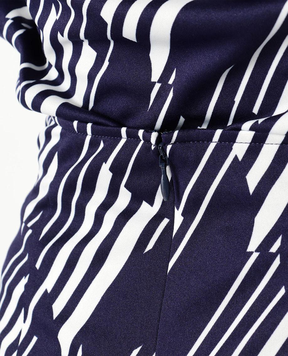 ランダムボーダープリントねじりスカート