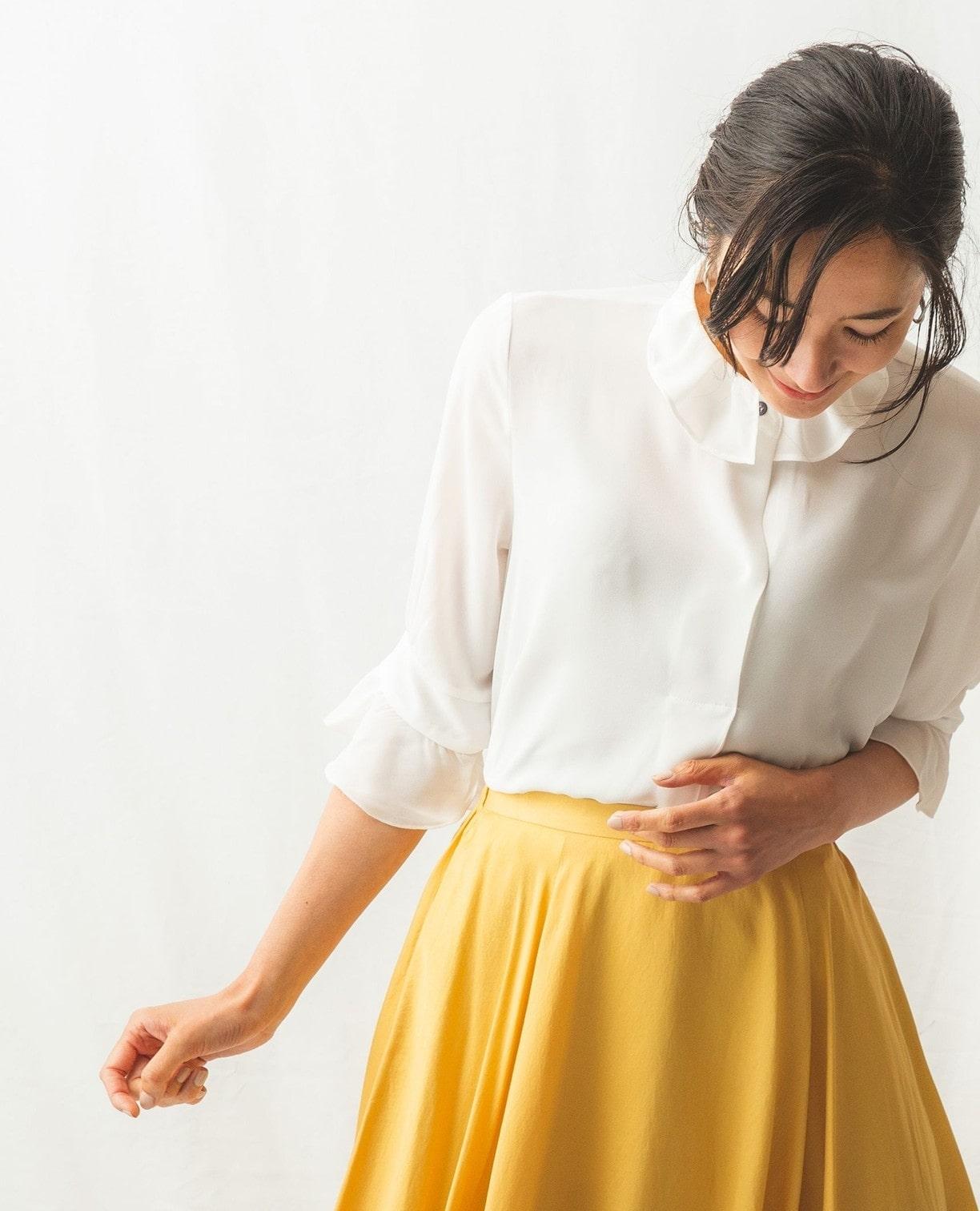 衿タックソフトジョーゼットシャツ