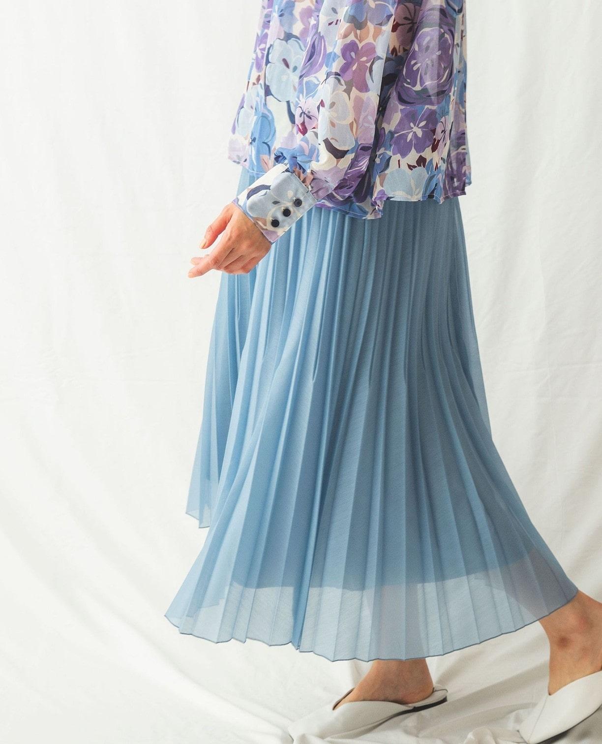 変形プリーツスカート