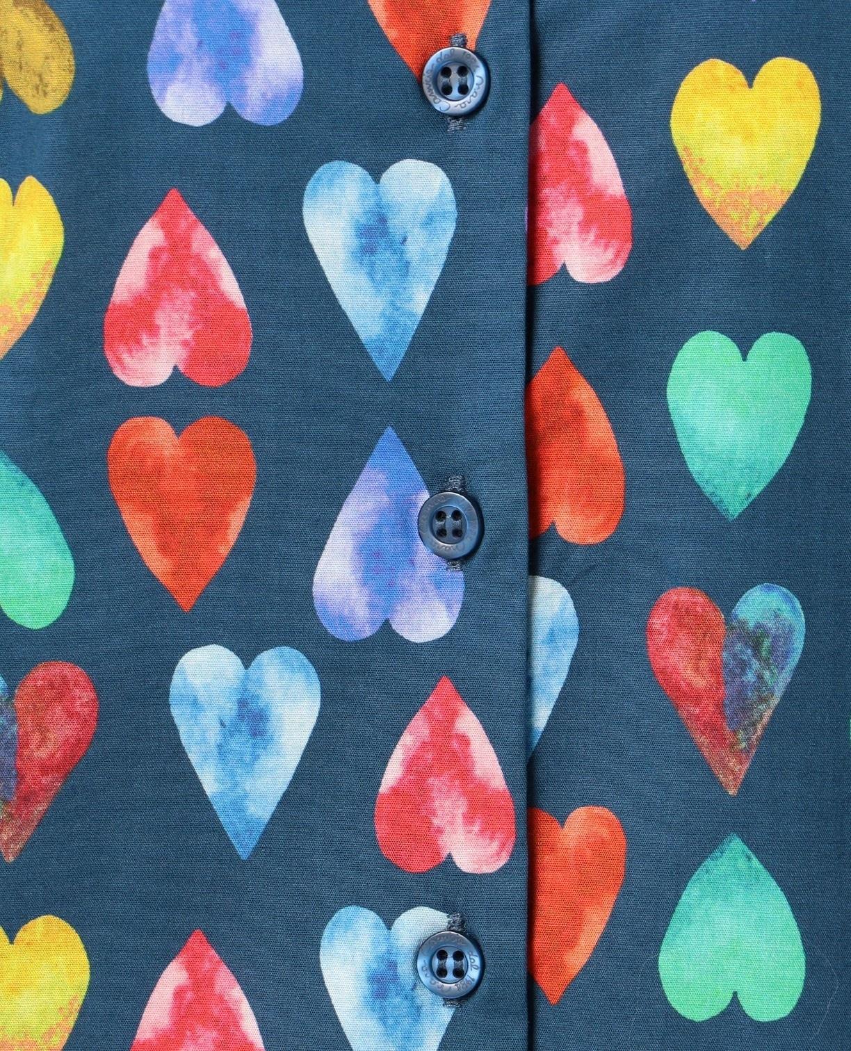 カラフルハートプリントシャツ