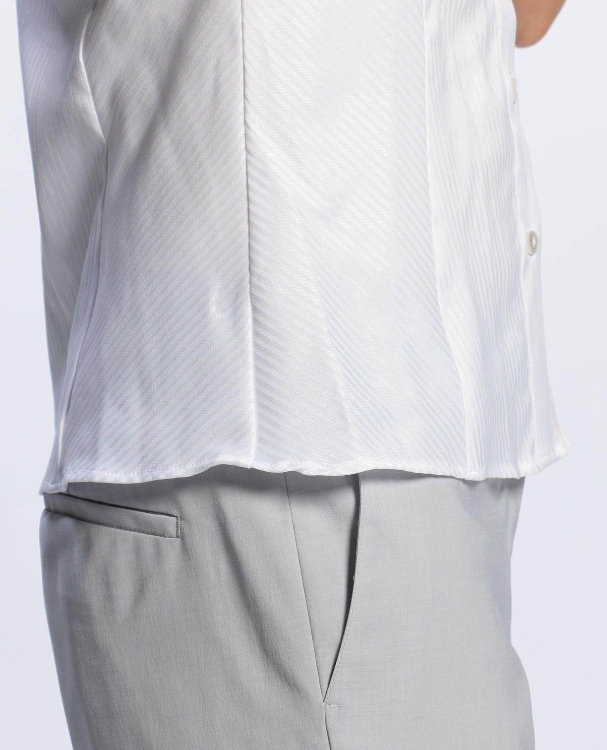 サテンストライプチューリップスリーブシャツ