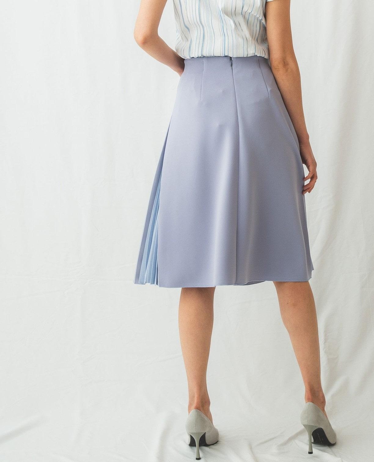 サイドプリーツスカート