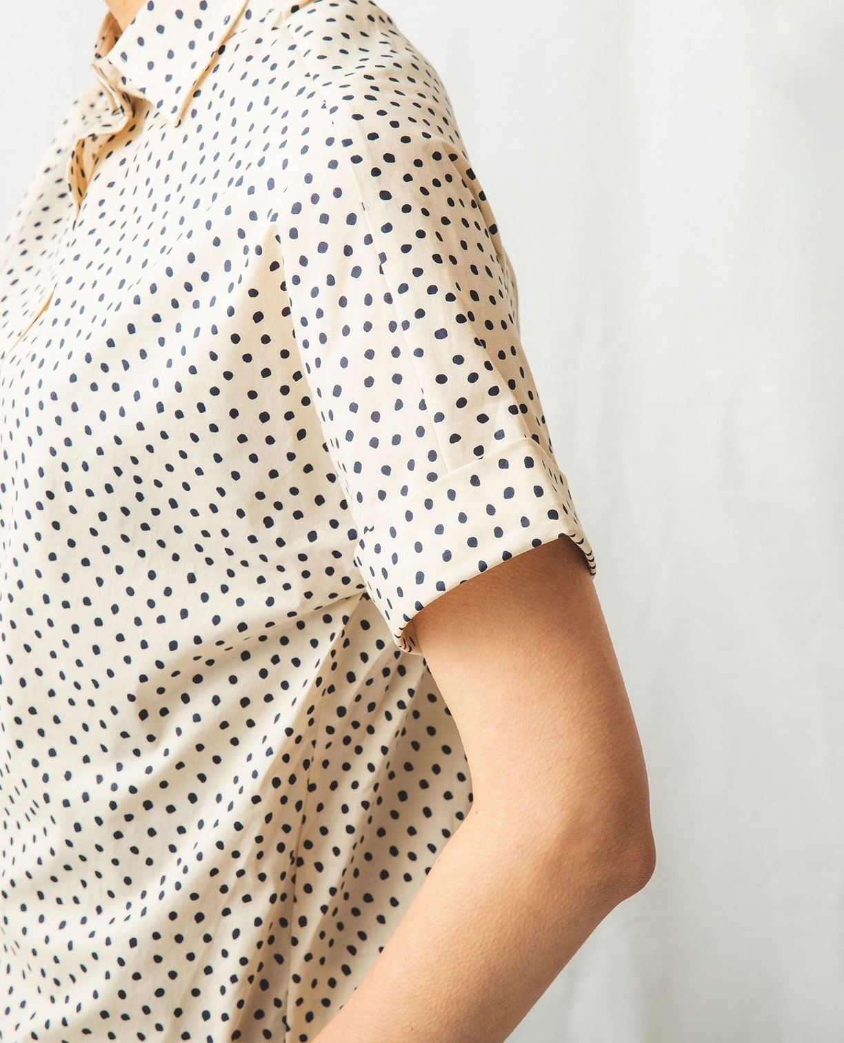 綿系ミニドット半袖シャツ