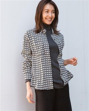 N幾何柄プリント長袖シャツ