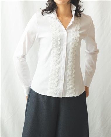 シャイニーストライプレース付きシャツ